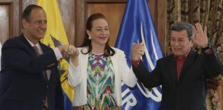 Colombia signs cease-fire deal with last guerrilla group