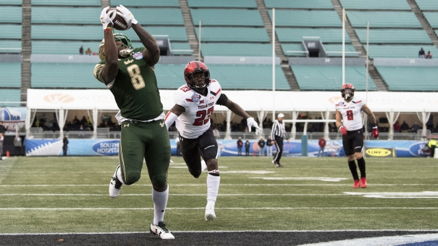 Flowers-to-McCants propels No. 23 USF past Texas Tech 38-34