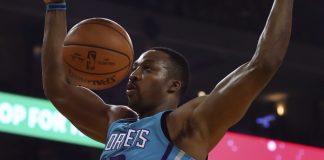Howard leads Hornets past Warriors