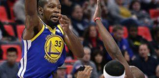 Warriors beat Pistons 102-98 to finish unbeaten trip