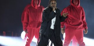 The Latest: Lamar wins Grammy for rap/sung performance