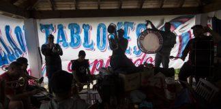 Argentinean Soccer Fans Write Stadium Anthems