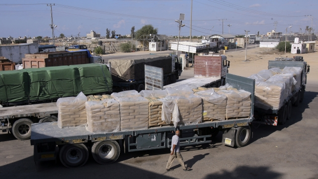 Israel places new limitations on cargo crossing into Gaza