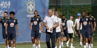 Pressure intensifies on Brazil to win a 6th World Cup title