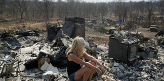 Crews make progress battling Southern California wildfire