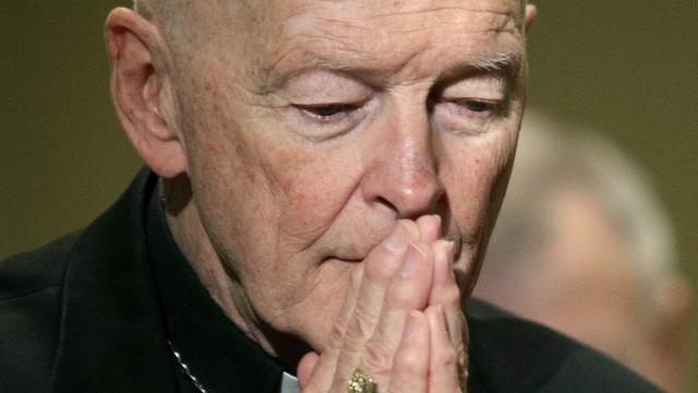 Former Vatican envoy pens j'accuse letter in McCarrick case