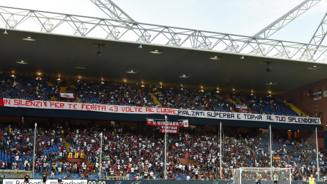 Genoa fans honor bridge victims with 43 minutes of silence