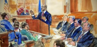 Manafort accused of amassing 'secret income' as trial opens