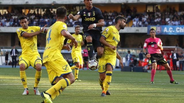 Ronaldo relies on teammates for winning league start at Juve