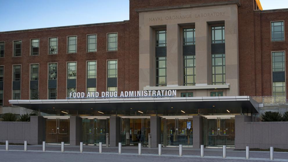 Senate bills aims to give FDA more recall authority